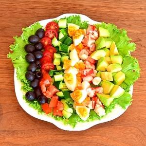 華やかお手軽おもてなし★ボイルたらば蟹のコブサラダ