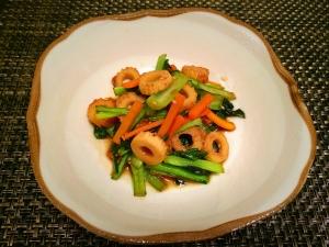 簡単!小松菜•ちくわ•にんじんの炒めもの