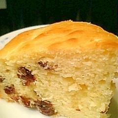 ホットケーキミックスでヨーグルトレーズンケーキ♪