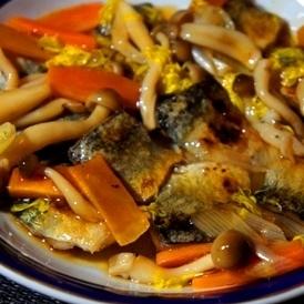 フライパンで簡単、サンマの秋のキノコ餡かけ