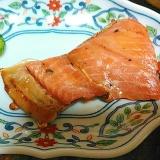 鮭の切り落としのみりん醤油焼き
