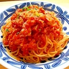 えびとアスパラのトマトソースパスタ