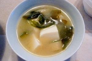☆定番 豆腐と油揚げの味噌汁☆