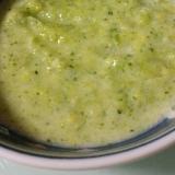 離乳食初期~中期ブロッコリーとコーンの豆乳ポタージ