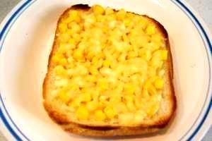 マヨコーントースト☆チーズのせ