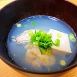 優しい味です☆牡蠣と豆腐のお澄まし風
