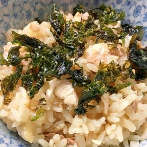 【簡単】鮭の炊き込み御飯〜ガーリックバター風味〜