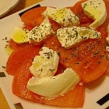 チーズを変えて作る「カプレーゼ」レシピ
