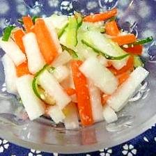 塩麹の野菜の浅漬け、「昆布茶」ちょい足し