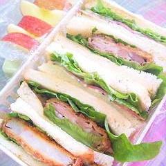 残り物でサンドイッチ