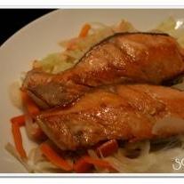 野菜をたっぷり食べよう★鮭と野菜の蒸し焼き★