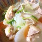 カルディレシピ☆「鶏だし鍋つゆ」で本格鶏野菜スープ