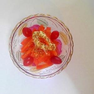 人参とトマトのサラダ