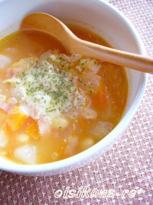 食べるスープ☆かぶとお豆のミネストローネ