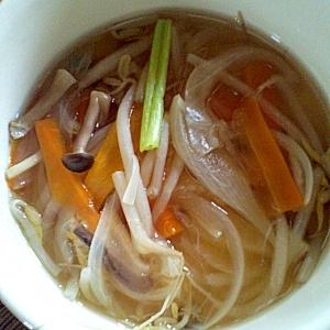 たっぷり野菜の中華スープ