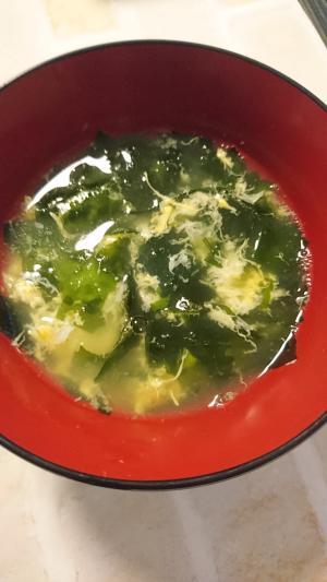 たまごとわかめの韓国風スープ
