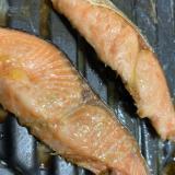 オーブンで簡単鮭のバター醤油焼き