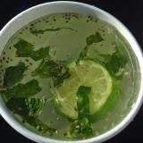 ライムとチアシードのジュース メキシコのドリンク