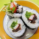 きゃらぶきとカニカマ豆苗の巻き寿司