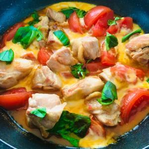 トマトと鶏肉のチーズの蒸し焼き