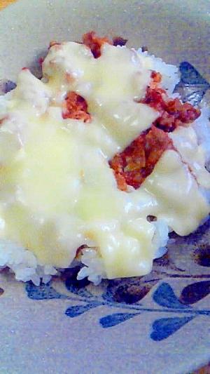 ミートソースのチーズ焼き