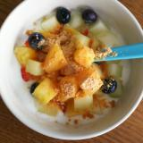 フルーツたっぷりきな粉ヨーグルト