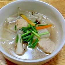 大根をじっくり煮込んだ、中華スープ