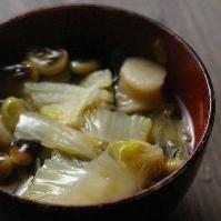 豆腐と白菜の具沢山汁
