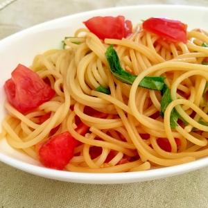 暑い日のお昼ごはん♪大葉&トマトの冷製パスタ
