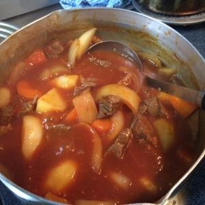 牛肉と野菜煮込み