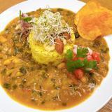 カラムーチョと豆、野菜のスパイスカレー