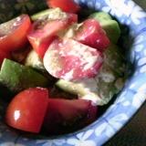 トマトとアボガドのマヨぽんサラダ