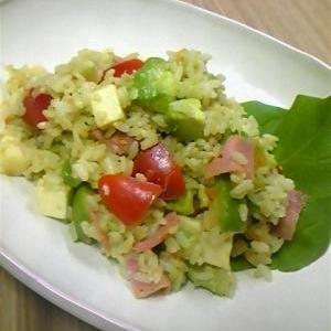 サラダごはん☆アボカドとボロニアソーセージ