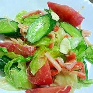 レタスとトマトのゴマ風味サラダ