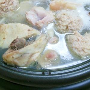 【鶏肉ぶつ切り】鶏の水炊き【あったか鍋】