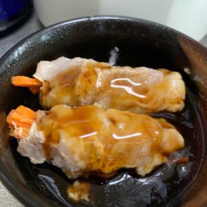 お弁当にも♡レンジで簡単‼豚肉人参巻き♪