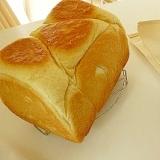 しっとりリッチな味わい★HB★湯種食パン♪