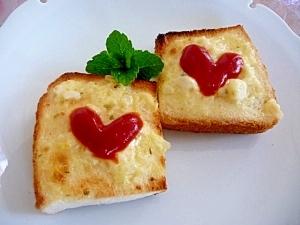 具のソースで★可愛いハートのトースト