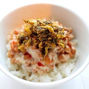 【超簡単】納豆と明太子高菜のピリ辛丼