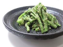 タラの芽の塩麹胡麻和え