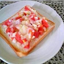 朝食に☆簡単トマト食パン