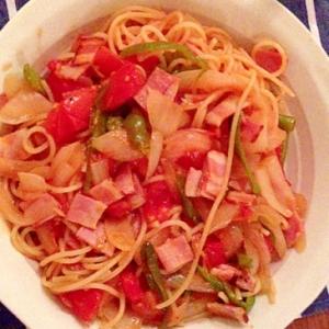 家にあるもので☆野菜たっぷりのトマトパスタ