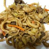 牛肉と舞茸とキャベツのちゃんぽん焼き(^ ^)