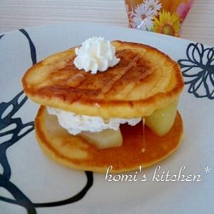 桃のフルーツサンドホットケーキ★メープル仕立て