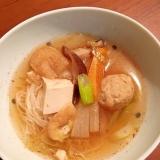 茅乃舎だしで鶏団子スープ