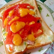 ポテトサラダとトマトのオープンサンド