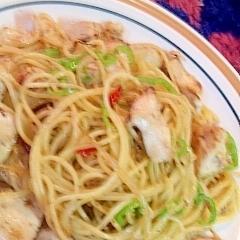 レンジでゆでるスパ!塩麹鶏肉と玉葱のペペロンチーノ