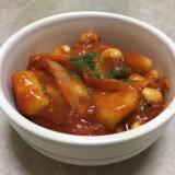鶏むね肉と大豆のトマト缶煮込み♪