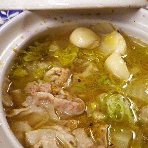 豚バラ白菜ニンニク鍋