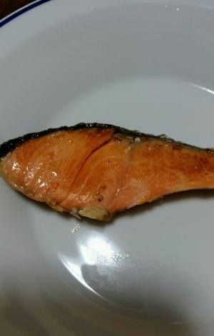 フライパンでふっくら焼き鮭